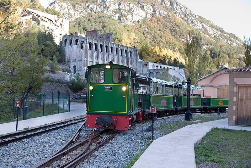 Ciment train